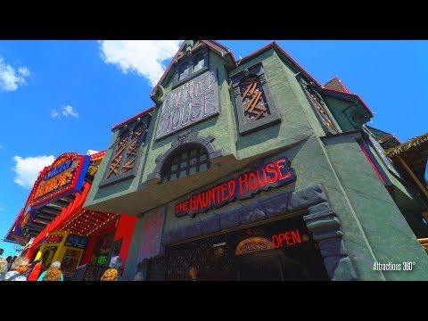 The Haunted House Attraction - Clifton Hill, Niagara Falls Canada