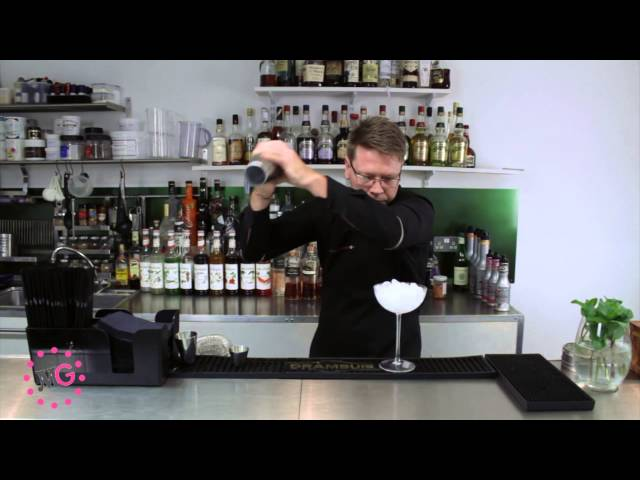 Mixology School - How to Make an Espresso Martini