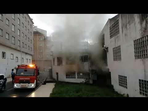Registrado un incendio en una nave de Pontevedra
