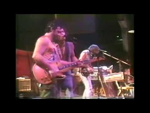 NEIL YOUNG & CRAZY HORSE - OPERA STAR