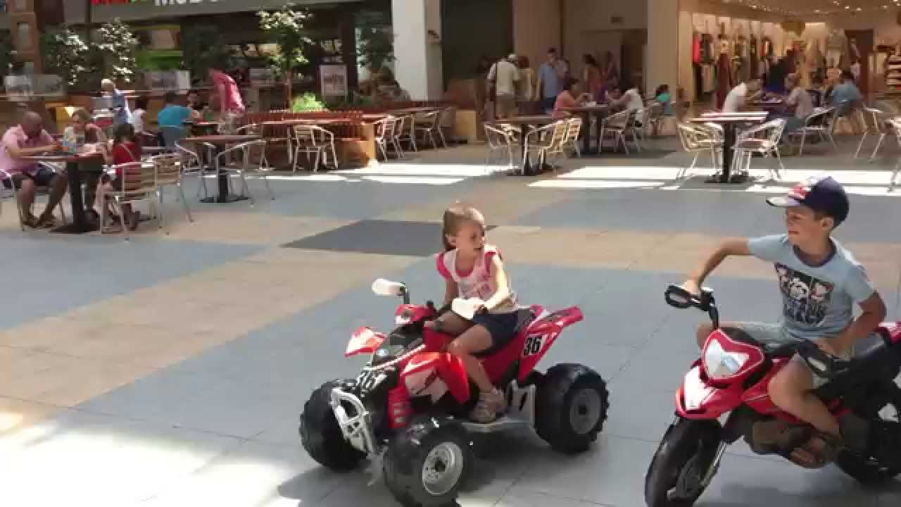 Peg Perego Polaris Outlaw Red, 12 volt electric toy - YouTube