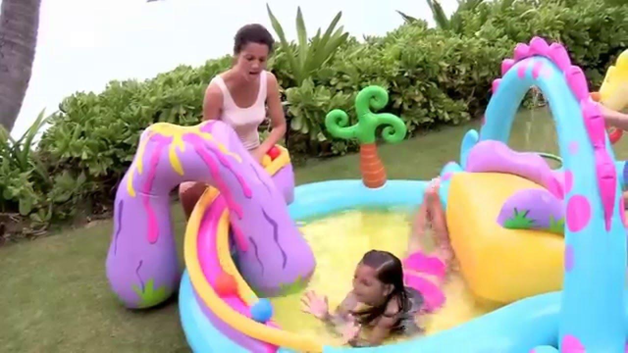Надувные игровые центры intex: игровые бассейны, сухие бассейны с шариками, манежи, большие батуты и батуты с горкой.