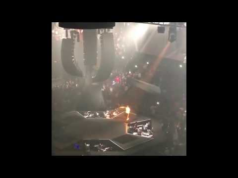 Jay Z performs E40 and Keak Da Sneaks Tell Me When To Go single at the Oracle Arena in Oakland