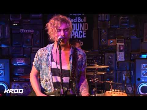 The Griswolds - If You Wanna Stay [KROQ Session]