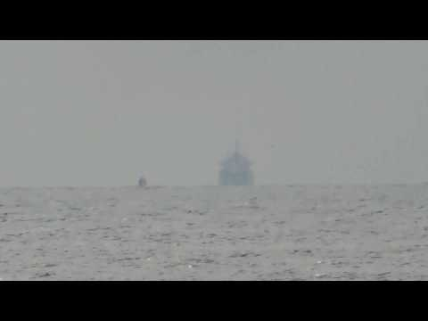 Ship visible at 12 miles on horizon : FLAT EARTH ADDICT 01