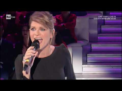 Alessandra Amoroso canta il suo secondo singolo 'Trova un modo' - Domenica In 07/10/2018