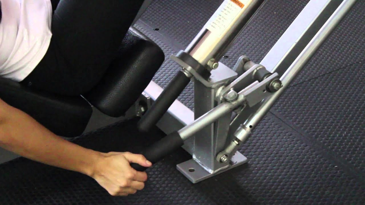 What Muscles Does the Leg Press Work? : Strength Training - YouTube