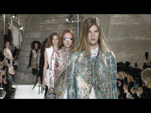 Highlights from the Louis Vuitton Women's Spring-Summer 2018 Fashion Show