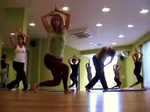 Видео Гимнастика за отслабване