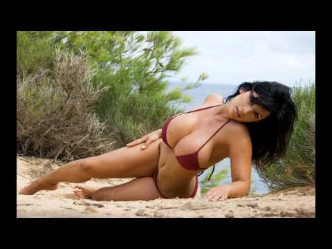 Top 10 Sexiest Women In The World from YouTube · Duration:  2 minutes 42 seconds
