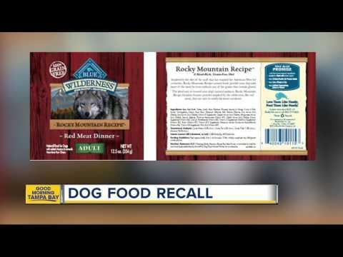 Blue Buffalo issues dog food recall