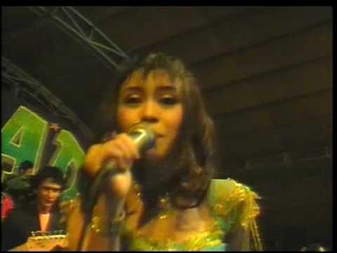 New PALADA - Buta (Gayuh Rakasiwi) Live in Cafe Santana 555 Karang Puri Wonoayu