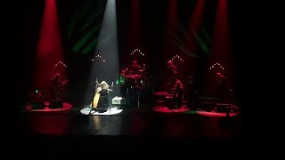 Loreena McKennitt : The Ballad of the Fox Hunter (Sub. español)