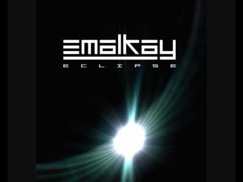 Emalkay - When I Look At You (+ Download)
