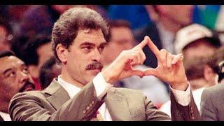 三角戰術已死?經典戰術為何絕跡在現代籃球當中?|追追熊戰術板
