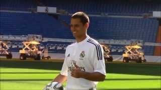 Los primeros toques de Chicharito con la camiseta del Real Madrid