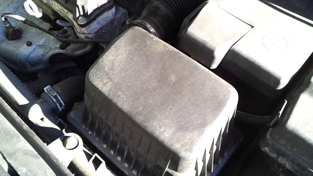 09 Peugeot 207 1.4 HDI Air Filter Box Housing