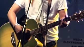 Video Belaian Jiwa (Carefree) & Cukup Sekali - Live by Jay Jay at UKM download MP3, 3GP, MP4, WEBM, AVI, FLV Juni 2018