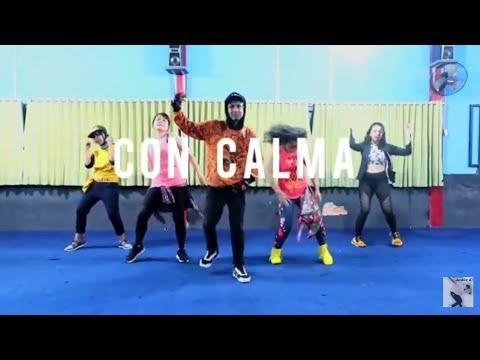 Daddy Yankee  Snow - Con Calma Choreography ZUMBA  AyuDanisa Studio Balikpapan