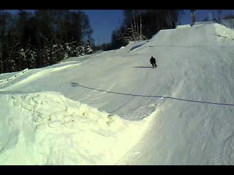 Jorma backflipid inimtühjal Kuutsemäel. 04-Veebruar-2012, filmitud Sonim XP5300 Force telefoniga