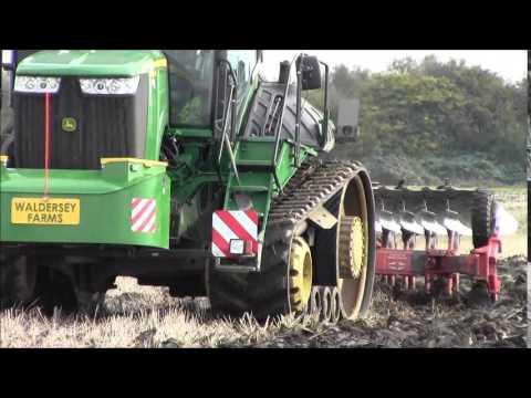 John Deere 9560 RT ploughing.2014.wvm