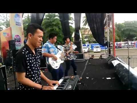 Flazz Project Band Banjarmasin - Pandangan Pertama (RAN) Cover