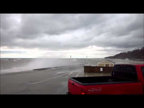 25-Foot Waves on Lake Michigan, Chicago IL