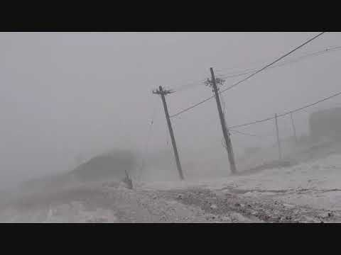 TALKING VIDEO OF DEWAYNE DURING THE STORM IN ANTARCTICA EXPAT SIMPLE LIFE PHILIPPINES