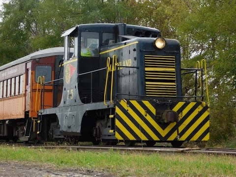 [HD] Southern Michigan Railroad Fall Color Tour Excursion 10/29/16