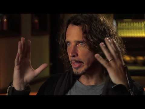 """Chris Cornell Explains The Song """"Worried Moon"""" To Cameron Crowe"""