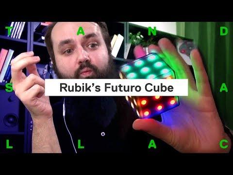 Had, piškvorky a hlavolamy. Moderní verze Rubikovy kostky (rozhovor s vynálezcem)