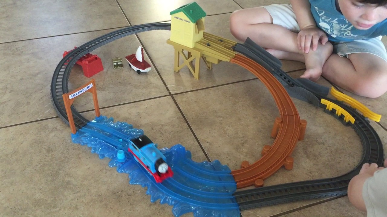 Fisher price thomas amp friends trackmaster treasure chase set new - Thomas Friends Track Master Treasure Chase Set Family Fun Toy Train For Kids By Fisher Price