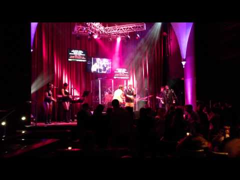 Ke$ha - Tik Tok at RIsing Star Karaoke - Universal City Walk Orlando