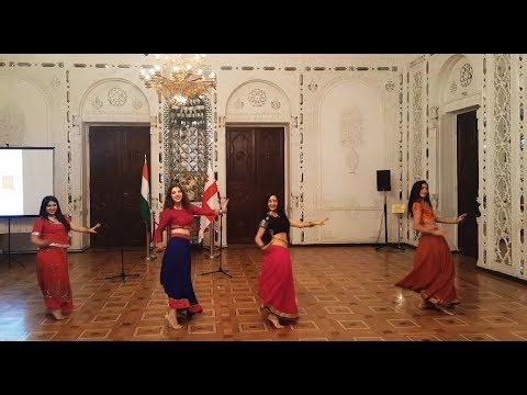 Saiyaan Superstar / Dance group Lakshmi / Ek Paheli Leela