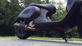 Vespa GTS 300 SuperSport Black & Beauty