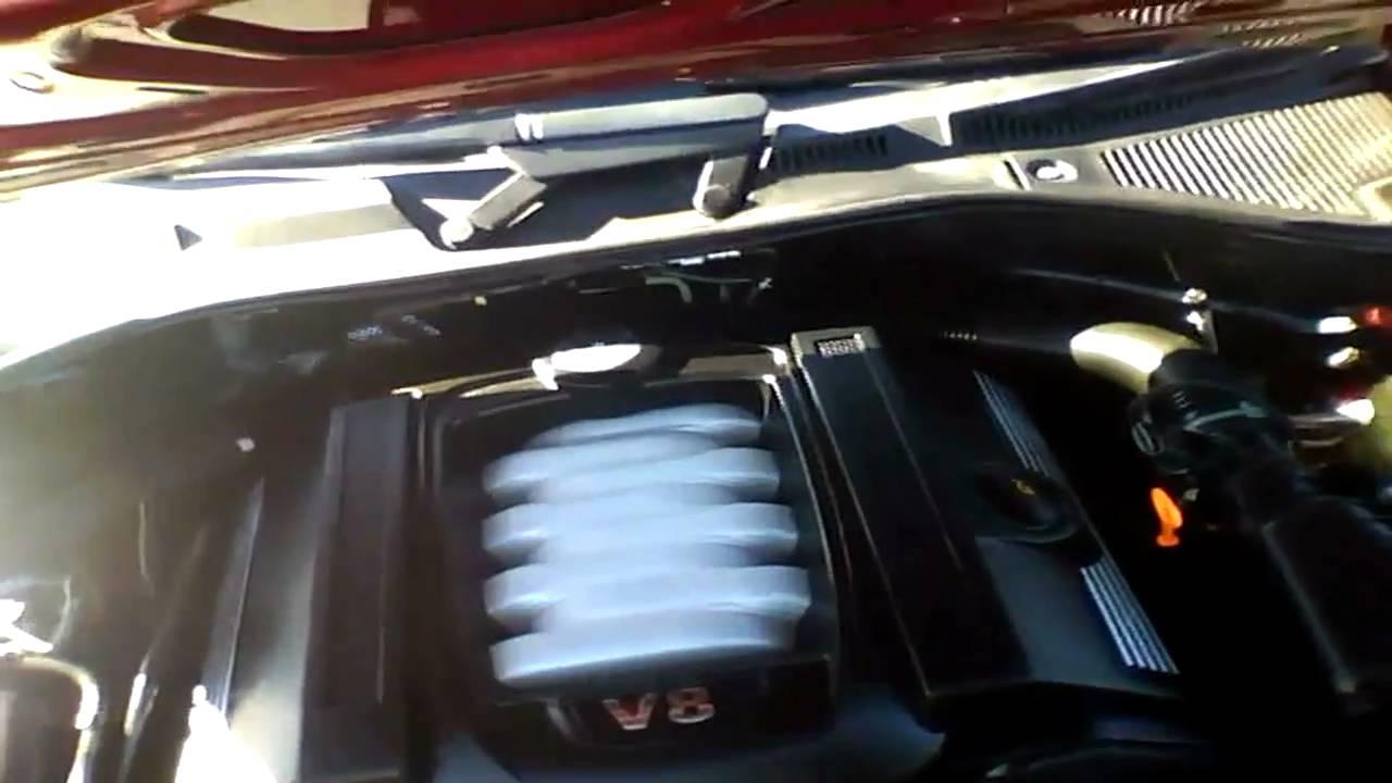 2006 Volkswagen Touareg 4WD V8 Start Up & Rev - YouTube