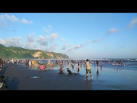 wisata-pantai-parangtritis-jogjakarta