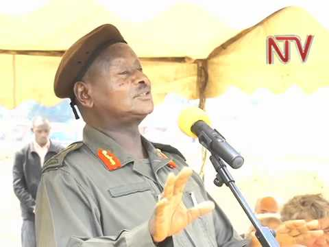 Museveni inspects new fighter jets