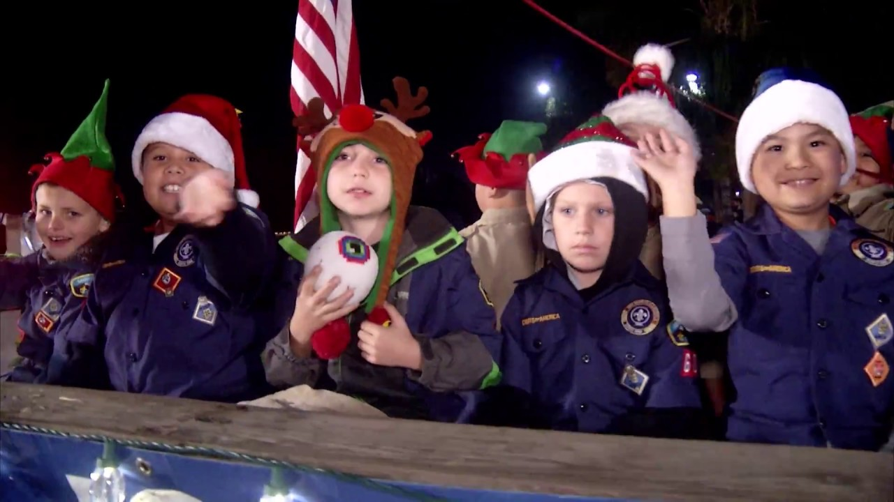 Christmas Parade In Clovis 2020 Clovis Children's Electric Christmas Parade 2016   YouTube