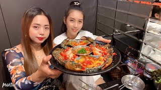 Street food in Thailand i love all the food  Natural Life TV