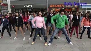 White People Dancing On Chitiya Kalaiya || Kanika Kapoor || Roy