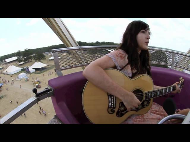 Lauren Shera - Story Teller - Ferris Wheel at Bonnaroo 2011 Travel Video