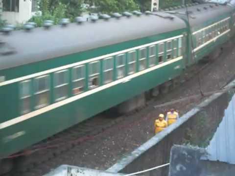 [China Railway] SS8 0223 hauls N552(Guangzhou - Yueyang) passenger train
