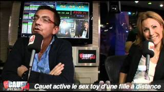 Cauet active le sex toy d
