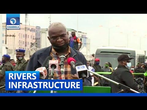 Fashola Commissions Rebisi Flyover Bridge In Port Harcourt