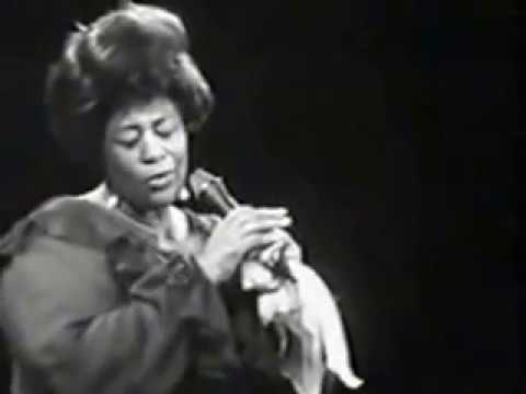 Ella Fitzgerald 'For Once In My Life' Live in Berlin (1968 )