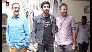 Sanju Movie's Ranbir Kapoor, Rajkumar Hirani, Vidhu Vinod Chopra Arrive At Mehboob Studio
