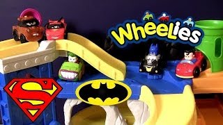 Wheelies Batman vs. Superman Race n Chase Batcave DC Comics Super Friends Cars Batgirl Joker Mater