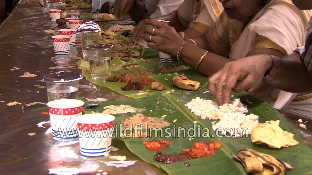 eating with hands off banana leaves in india youtube