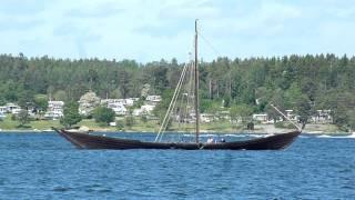 Helga Holm sailing without sail